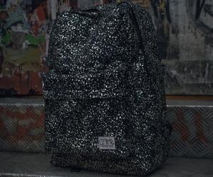 glow-in-the-dark-back-pack