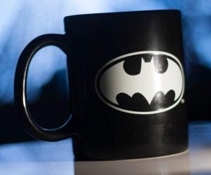 batman_glow_in_the_dark_mug