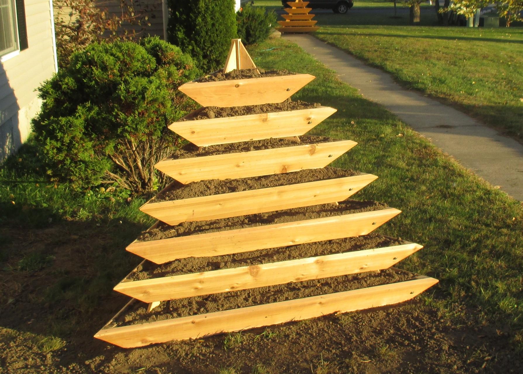 Grande Plant Pyramid Levels Our Products Infinite Cedar Herb Garden Pyramid Diy Layout Herb Garden Vertical Pyramid garden Pyramid Herb Garden
