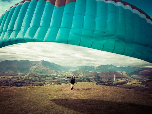 Learn to Paraglide in Queenstown with Infinity 5