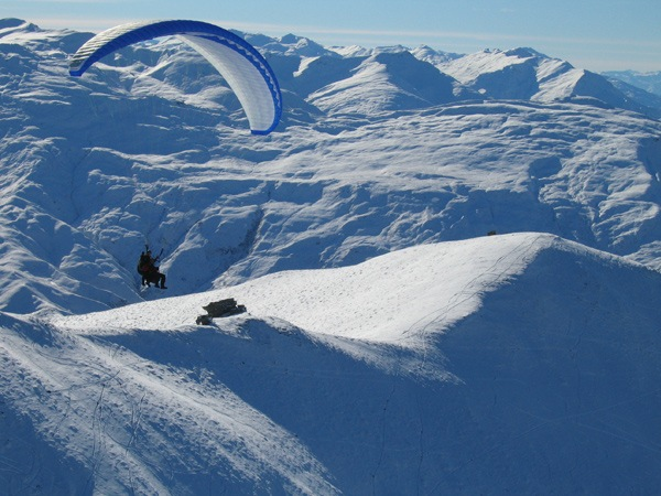 Learn to Paraglide in Queenstown with Infinity 6