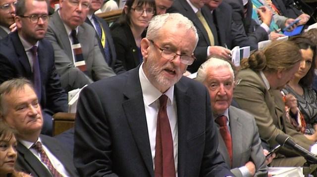 Jeremy Corbyn, líder laborista de la oposición, criticó el dinero gastado en el Brexit y un presupuesto que, a su juicio, prolonga la austeridad (Reuters)