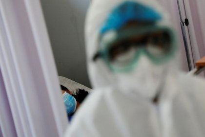 En 24 horas hubo 5 mil 681 casos nuevos, lo que representa un incremento del 2.5% (Foto: Reuters/Carlos Jasso)