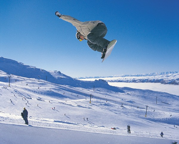 http://i1.wp.com/www.infonews.co.nz/photos/600-Spring_Boarding_web.jpg