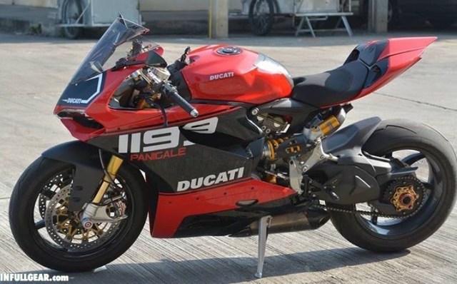 ducati-1199-panigale-rosso-nero_r