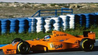 hakkinen-mclaren-test-jerez-1997-orange