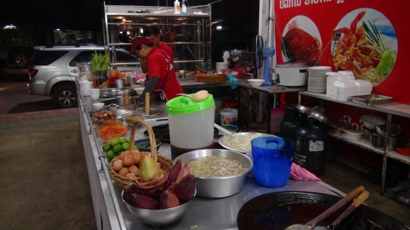 Hurtigt mad stop, på et af de reneste og mest moderne gade køkkener vi har set