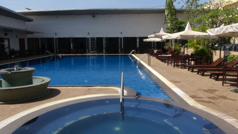 Swimmingpoolen i fitnesscenteret