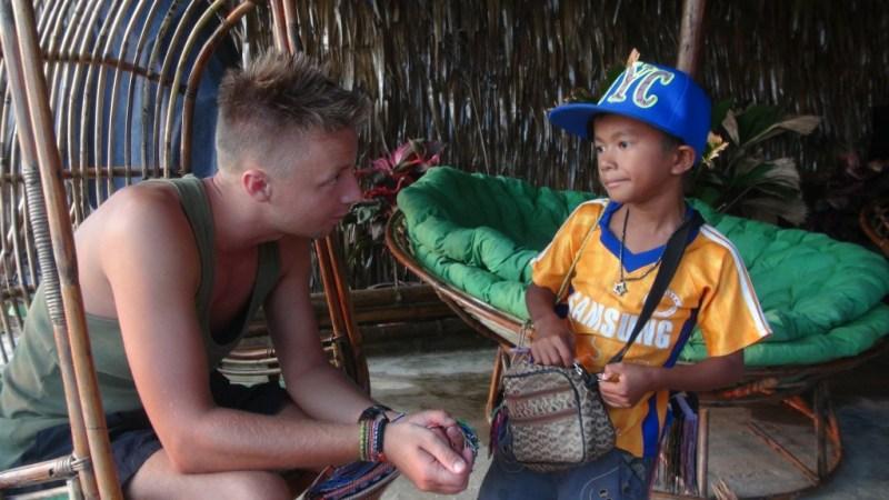 Børne sælger Otres beach