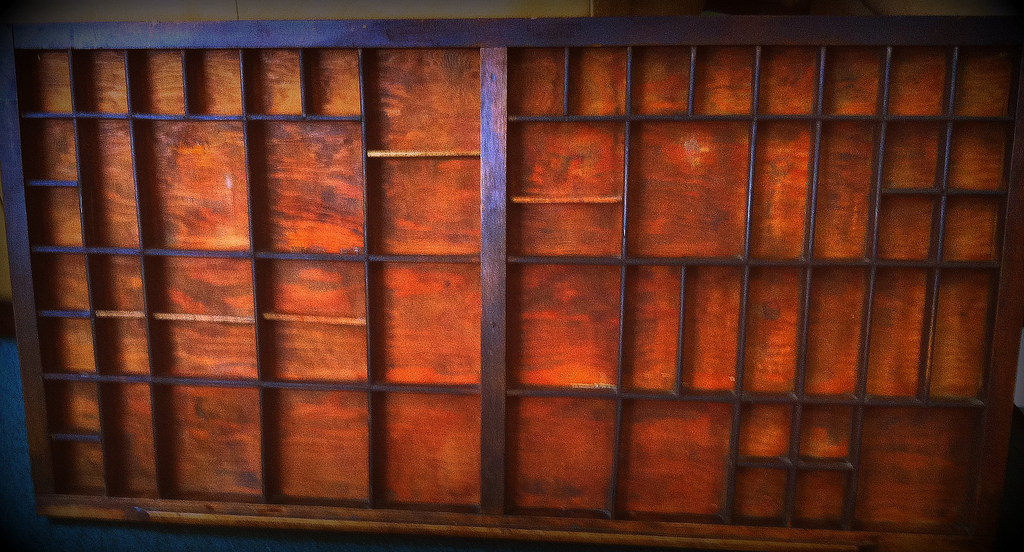 Displaying Collections With Antique Printer's Trays & Other Little Wooden Shelves
