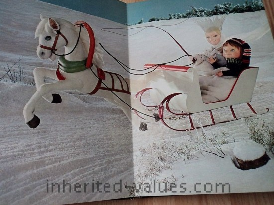 vintage Snow Queen Book 1968 PUPPET lenticular 3D