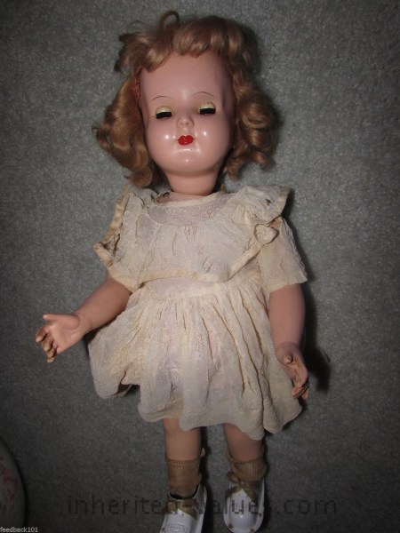 vintage wanda walker doll wearing sophie saks fashions