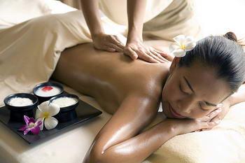Thai massage and spa treatment - wellness trips