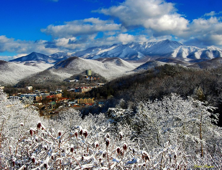 Gatlinburg-Winters-Day