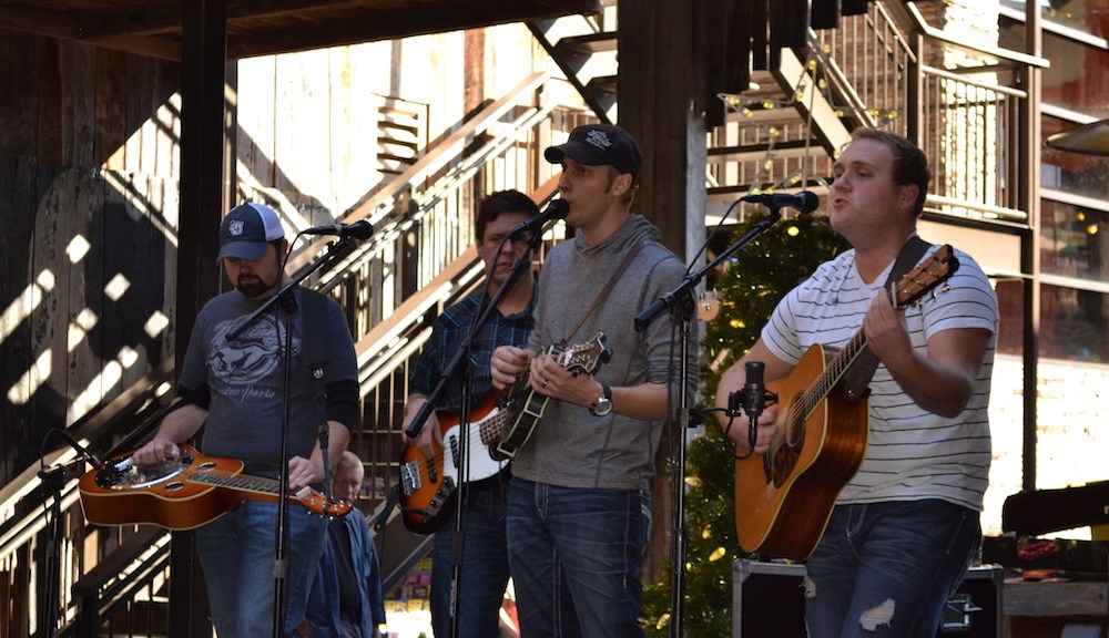Live Music at Ole Smoky Moonshine Distillery in Gatlinburg