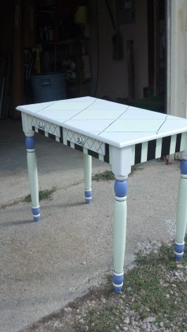 handpainted table | marion ma decorative artist