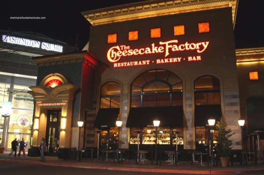 cheesecake-factory-outside