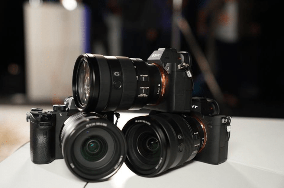 22_Sony-A7III-mirrorless-camera