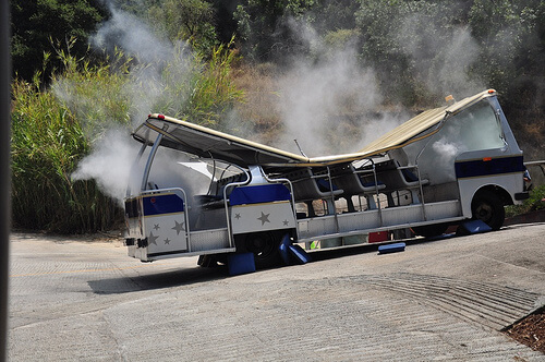 Universal Studios Hollywood tram demolished by King Kong