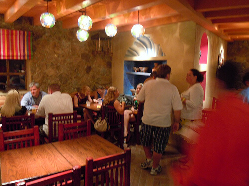 La Hacienda de San Angel dining area