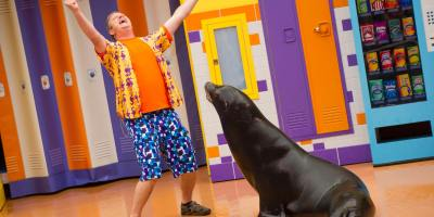 Clyde & Seamore's Sea Lion High_2