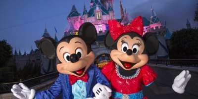 Mickey-and-Minnie-4_15_DL_000119-742x520