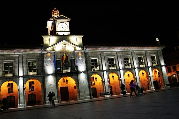 Aviles at night - arches, lights, square