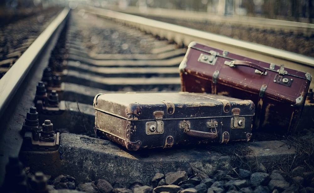 Vintage suitcases on @insidetravellab