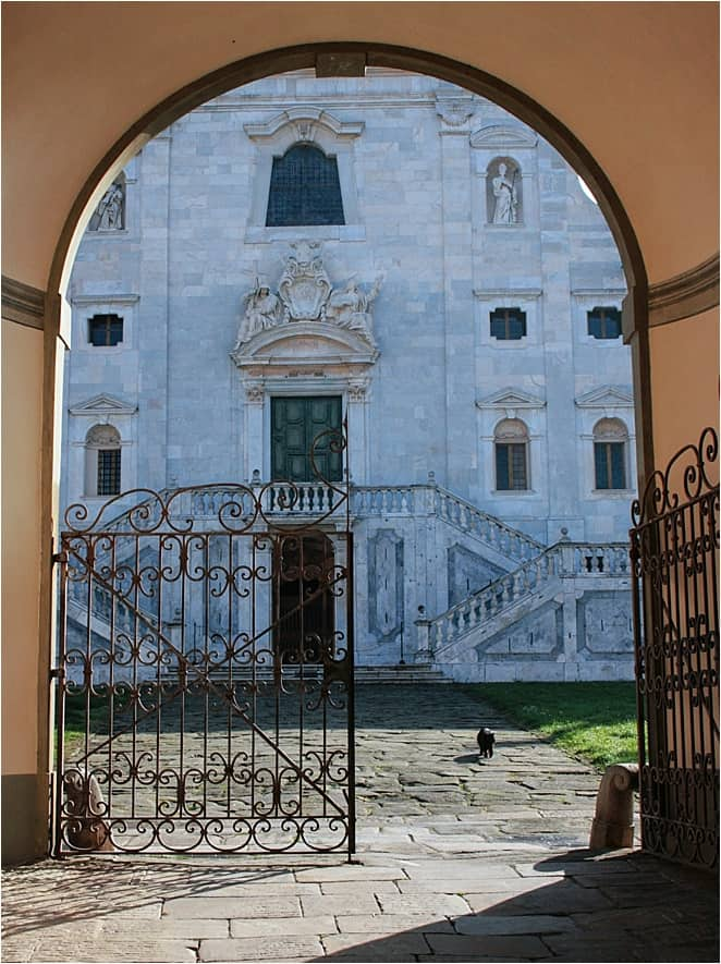 At the gates of history at the Charterhouse of Calci