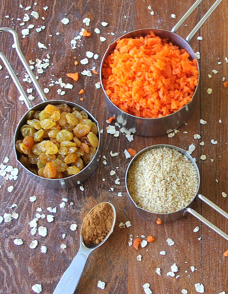 oatmeal carrot muffin ingredients_blog