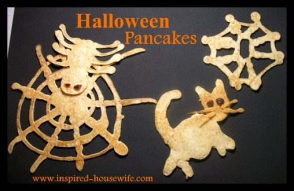 Inspired-Housewife: Spooktacular Halloween Breakfast Pancakes for kids, holiday, special treat, fun food ideas