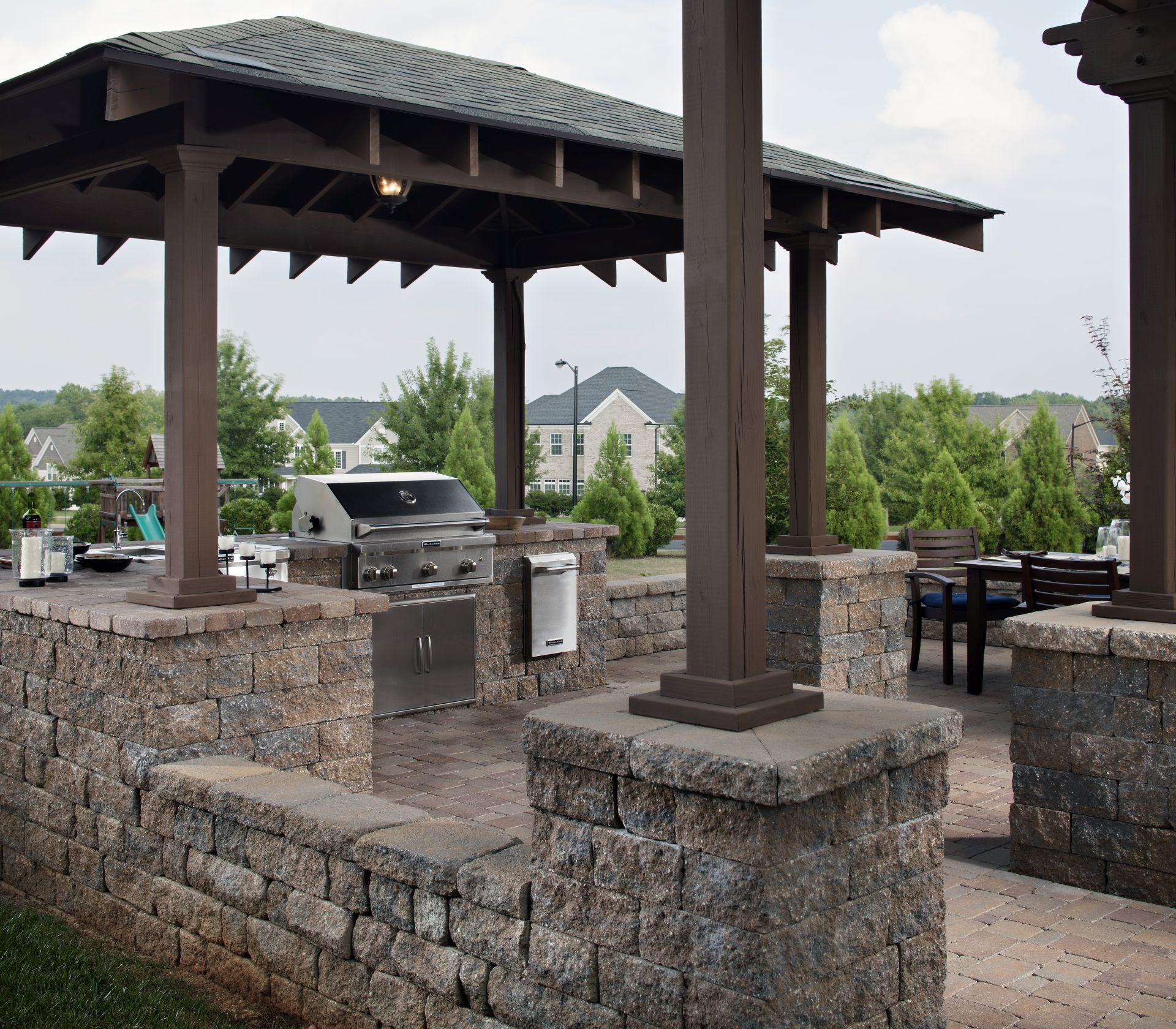 outdoor kitchen countertops ideas outdoor kitchen countertops Paving Stone Outdoor Kitchen Countertops