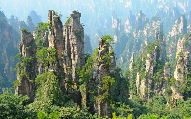 Zhangjiajie- National-Forest- Park-01