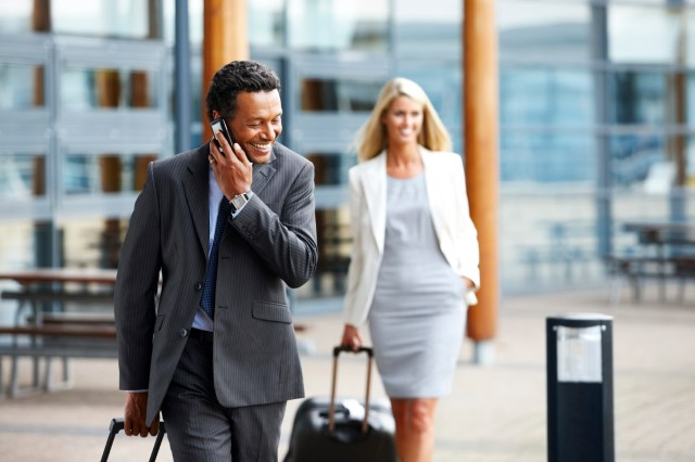4_Handy_Tools_and_Services_for_Business_Travelers