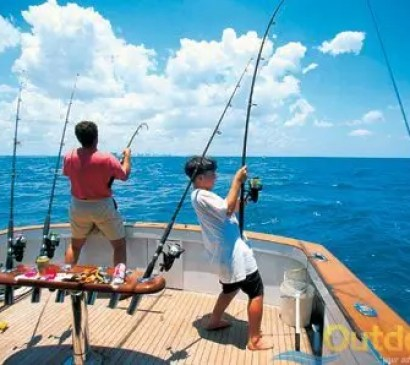 Offshore fishing in Cape Coral Florid