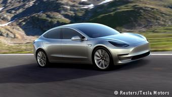Το στοίχημα της ηλεκτροκίνησης δείχνει να κερδίζει η Tesla