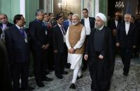 Iran's President Hassan Rouhani (front R) welcomes India's Prime Minister Narendra Modi in Tehran, Iran May 23, 2016. Photo: President.ir