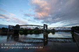 Hubbrücke   Spiegelung   Magdeburg