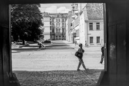 Passanten  |  Halberstädter Straße, Nähe Ambrosiusplatz |  Magdeburg 1989