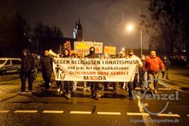 MAGIDA marschiert durch Magdeburg