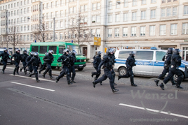 Polizei begleitet Antifa-Demonstration