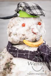 Mordsgaudi - wir bauen einen Schneemann