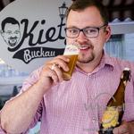 """Marcy vom """"Kietz"""" –  """"Jetzt bekommt Buckau sein eignes Bier"""""""