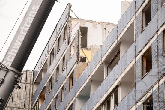 Adieu Platte –  Abriss Victor-Jara-Straße 6-10