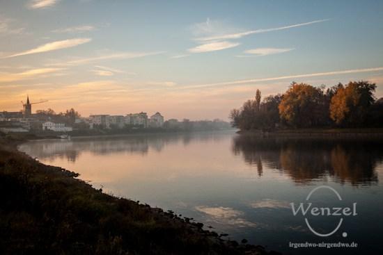 Magdeburg - Stadt an der Elbe - Blick auf Buckau