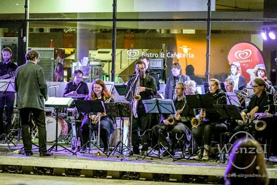 Magdeburger Kulturnacht 2016, KonBigBand, Cafeteria der Unibibliothek –  Foto Wenzel-Oschington.de