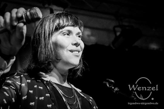 "Naima Husseini –  ""Immer alles"" –  Konzert im Volksbad Buckau –  Foto Wenzel-Oschington.de"