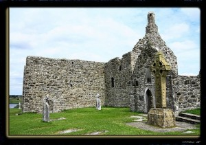 Celtic Cross At Clomnacnoise