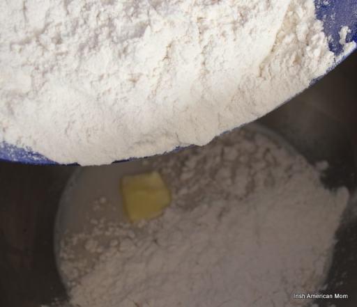 Adding flour to yeast dough for potato bread