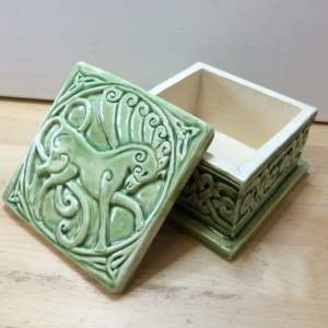 celtic-ceramic-trinket-or-jewelry-box-with-horse-design